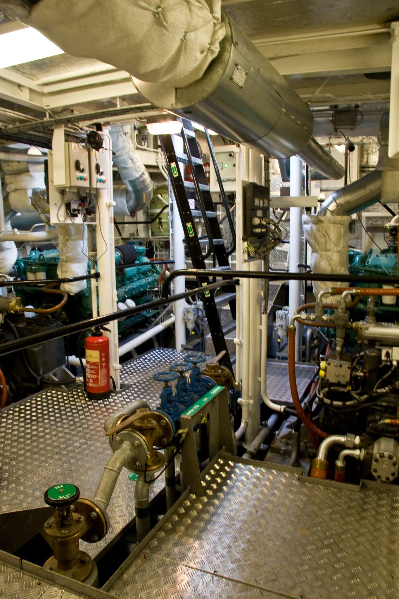 "Navy Ship Engine Room: 16.00m Conventional Harbour Tug / Tug Workboat ""Sally"