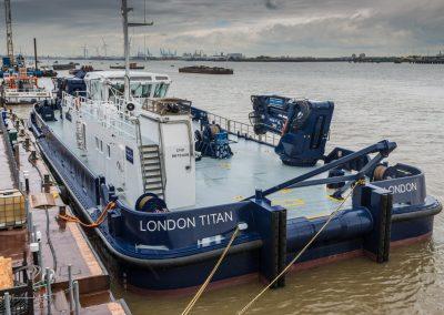 36.50m-Multi-Mac-London-Titan-Photo-02
